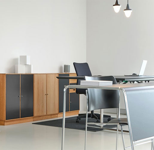 interior-designer-office-table